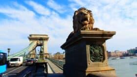 Løvebro i Budapest