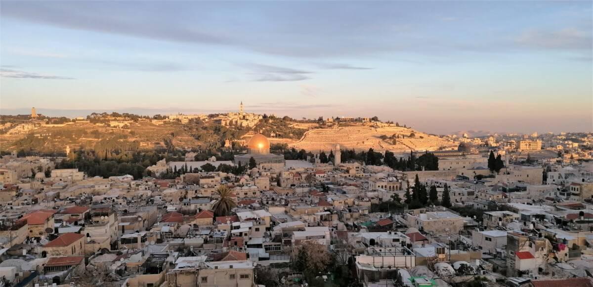 Udsigt fra tårnet på Frelserkirken i Jerusalem